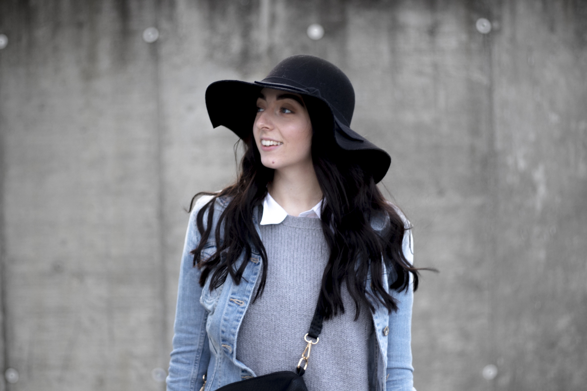Outfit: Hat & Jeans