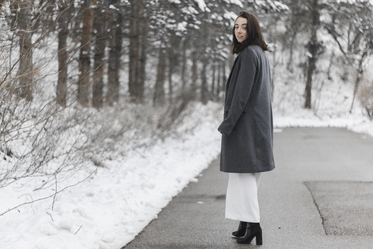 Outfit: winter whites